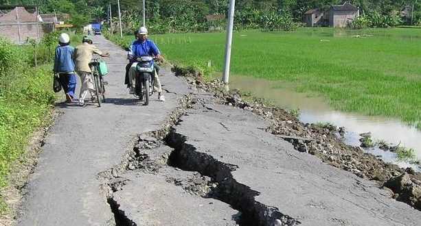 Breaking News!! Gempa Hari Ini 13 Oktober di Yogya & Penjelasan BMKG